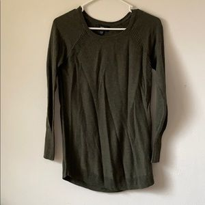 Mossimo green sweater